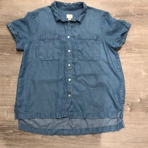 A New Day Chambray Top M